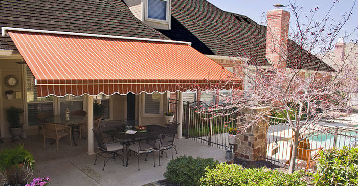 Retractable San Antonio Awning